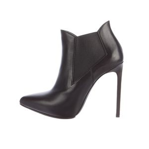 Black Saint Laurent pointed-toe ankle boots